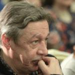 Адвокат Ефремова опроверг информацию о завершении расследования