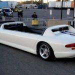 Необычный 12-местный лимузин на базе Dodge Viper оказался никому не нужен