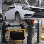 «АвтоВАЗ» начал собирать машины Lada в Узбекистане